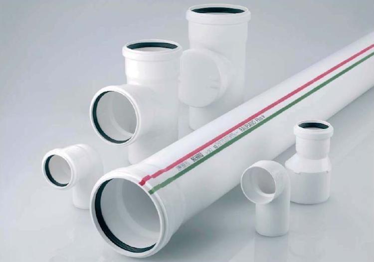 plastikovye-truby-kanalizacii1