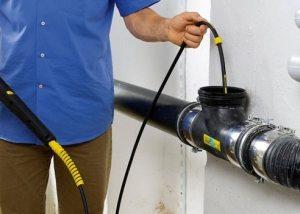 чем прочистить канализационные трубы в домашних условиях