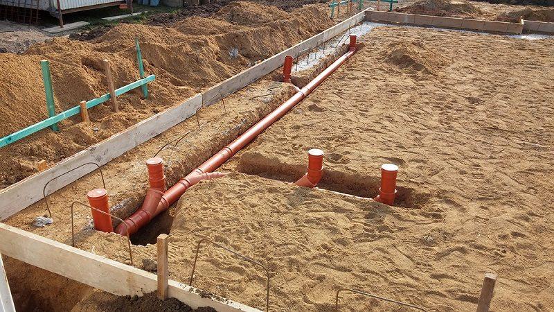 Прокладка наружней канализации в частном доме своими  372