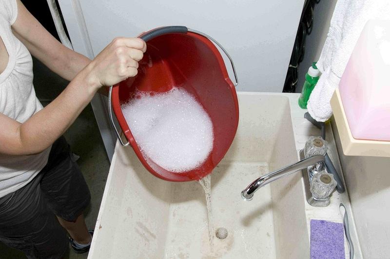 Как в домашних условиях очистить канализационные трубы от жира