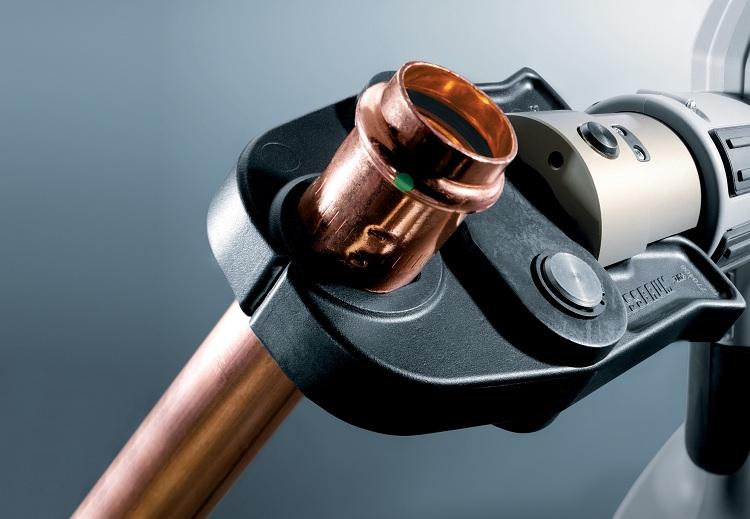 Муфта соединительная для металлических труб
