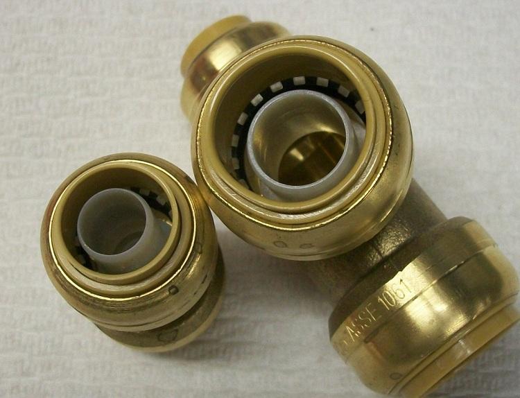 Соединение пластиковых труб