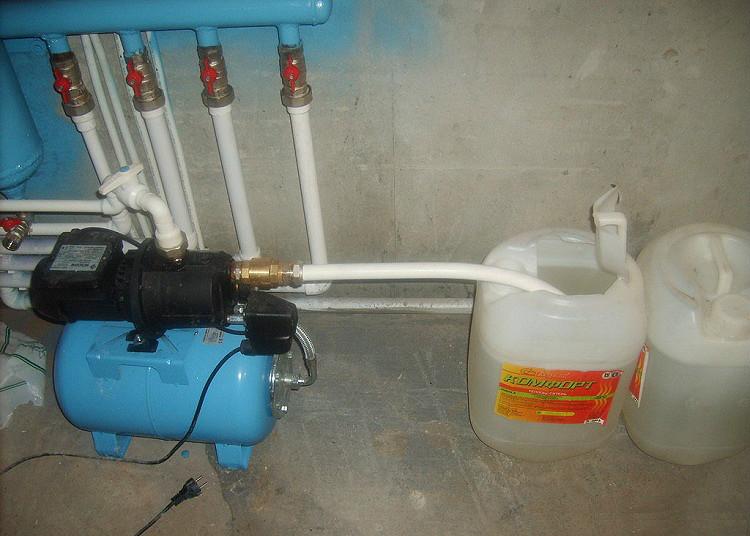 Как залить антифриз в систему отопления дома своими руками