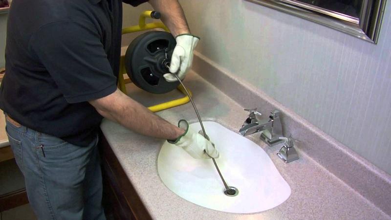 Устранить засор в канализационной трубе в домашних условиях 40