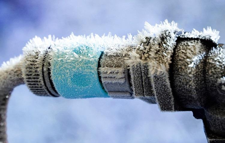 Обогрев водопроводных и канализационных труб