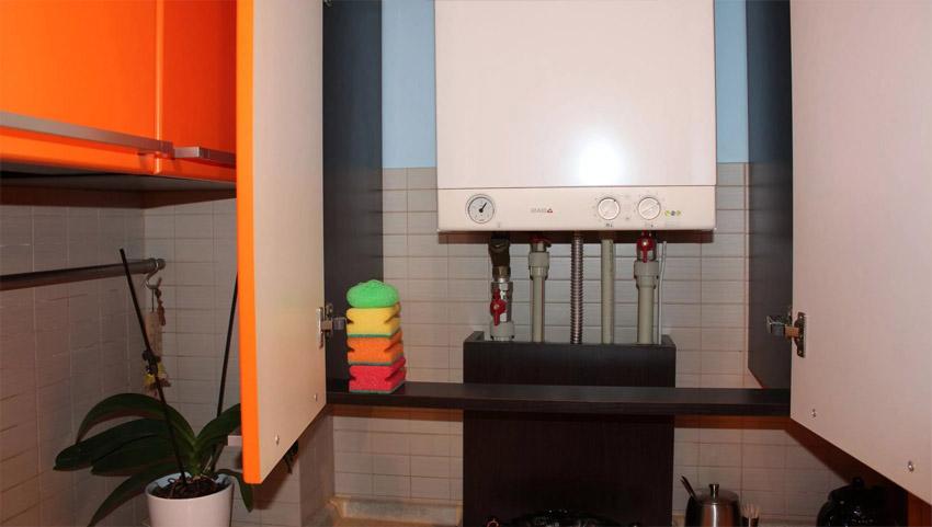 Как спрятать газовую трубу на кухне, обрезать или перенести – что ... | 481x850